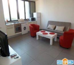 краткосрочная аренда 3 ком. квартиры в Тель-Авиве Цена от  €100 до €170