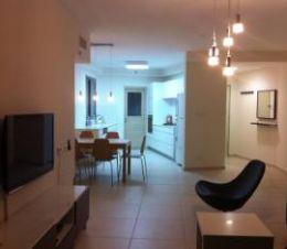 краткосрочная аренда 4 ком. квартиры в Бат-Яме Цена от  $170 до $250