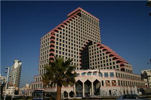Набережная в Тель-Авиве, Opera Tower, Израиль. Элитная недвижимость в Тель-Авиве
